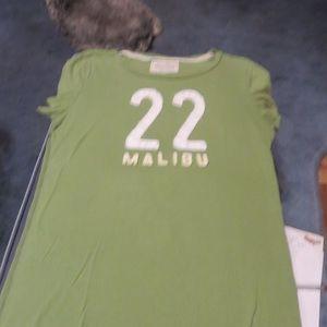 Hollister Green/White Woman's tee shirt size Mediu
